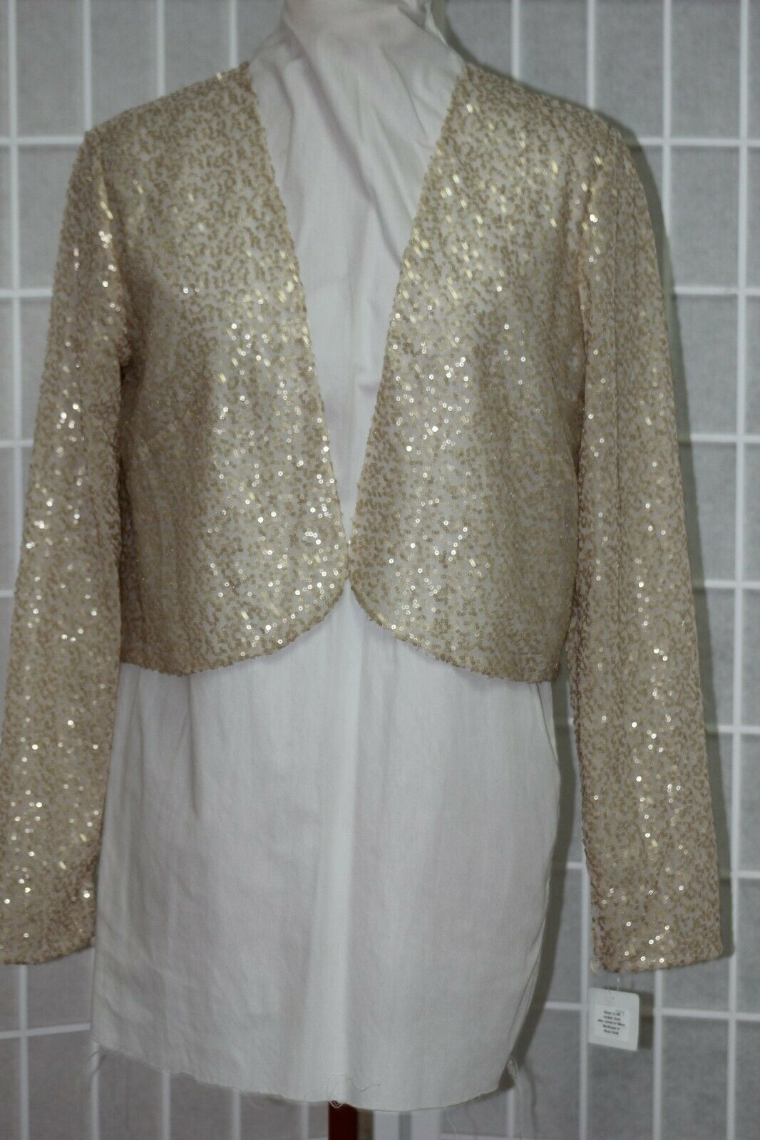 NEW long sleeved Size 12 micro sequins open front bolero jacket