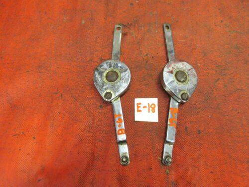 2 per Set MGB GT !! Original Hatch Springs /& Chrome Covers
