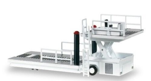 Herpa 557542  Scenix Container Loader 1:200 suberb detail