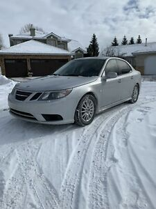 2008 Saab 9-3 Turbo LOW KMS runs perfect fully loaded