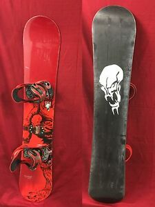 5150 Nomad 153 cm snowboard with matching Nitro Venom Ultra bindings
