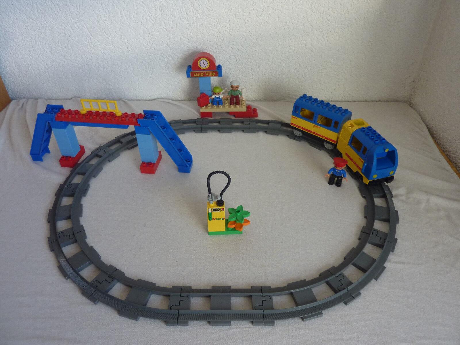 LEGO DUPLO VILLE  Ferrovia-estrellater Set 5608-e-Lok, STAZIONE FERROVIARIA-completamente & Top  controlla il più economico