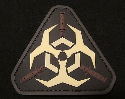 ZOMBIE HUNTER 3D PVC OUTBREAK RESPONSE TEAM MORALE GLOW IN DARK GITD HOOK PATCH