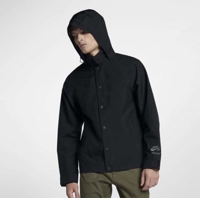 862805-010 With Tag Nike Men SB Gore-tex Shield Coaches Jacket