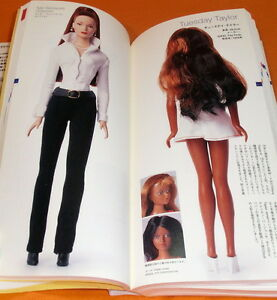 Doll-Encyclopedia-book-vintage-collection-Barbie-Licca-chan-fashion-dolls-0421
