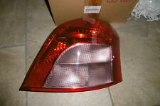 81551-52550 FANALE POSTERIORE  DX TOYOTA YARIS (05-- )