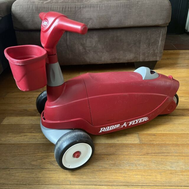 Radio Flyer Ride 2 Glide Ride-on/scooter Model 610