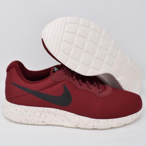 Et Rouge Tanjun Se De 844887 Chaussures Hommes Course Nike Noir 600 29EDHI