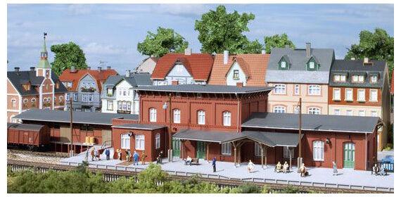 AUHAGEN 13328 TT stazione ferroviaria Wittenburg NUOVO OVP,