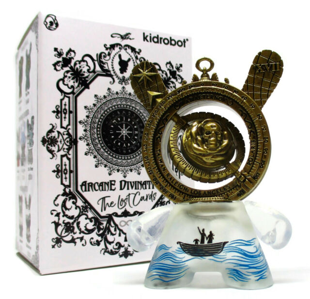 Arcane Divination Mini Series 2 Vinyl Figure Kidrobot Brand New The World