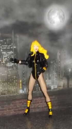 DC DIRECT COLLECTIBLES JUSTICE LEAGUE JLA  SERIES BLACK CANARY FIGURE