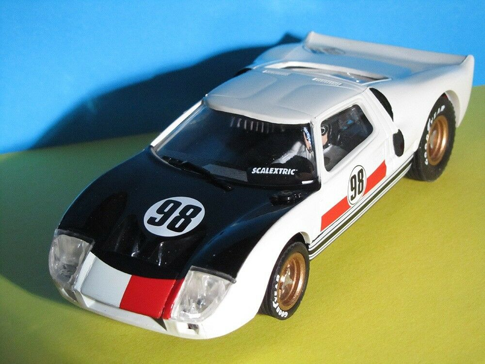 "Spanish Scalextric Ford GT40 ""Altaya"" Limited Edition. C35. Immaculate"