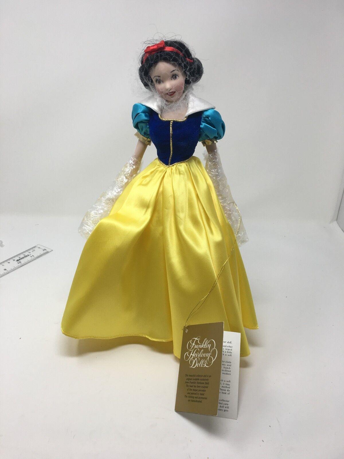 """Franklin Heirloom Doll """"Snow Weiß"""""""