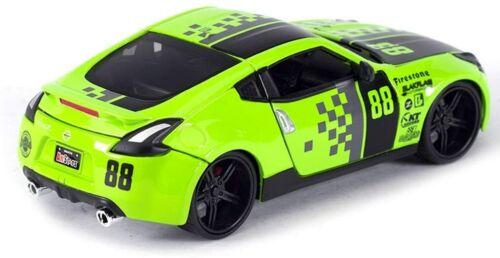 NISSAN 370Z 1:24 Scale Diecast Model Toy Car Metal Miniature Green