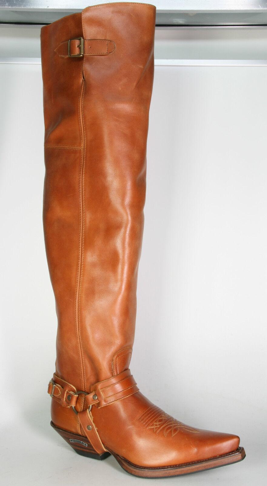 7977 Sendra Boots Musketierstiefel Overknees Snowbut Cognac