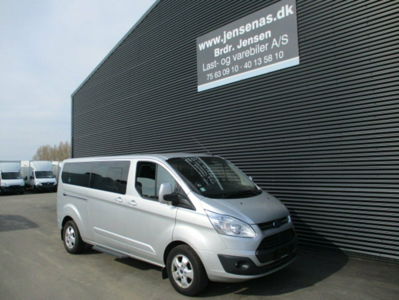 Ford Tourneo Custom 300L 2,0 TDCi 130 Ambiente