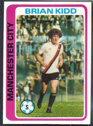 -#109- MANCHESTER CITY TOPPS-FOOTBALL BRIAN KIDD PALE BLUE BACK 1979
