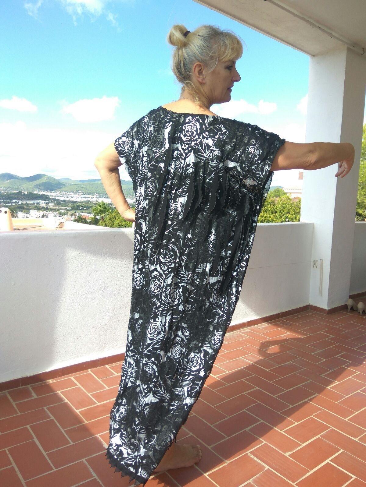 UNIQUEAttraktives, schönes, elegantes Kaftan KleidAbendkleidG.44-52