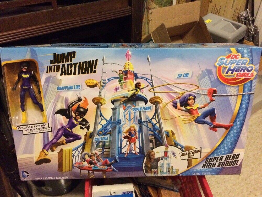 2016 Super Hero High School Exclusive Batgirl Action Figure DC Superhero Playset