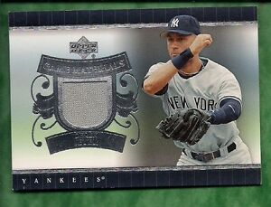 Derek-Jeter-2007-Upper-Deck-Game-Materials-memorabilia-card-FREESHIP