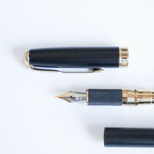 UK! Jinhao #601 Matte Black Fountain Pen FINE Nib Gold Trim