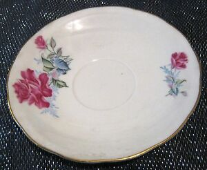 1x Oriental Bone China made in China Beautiful vintage rose pattern approx 5½ins - Newent, United Kingdom - 1x Oriental Bone China made in China Beautiful vintage rose pattern approx 5½ins - Newent, United Kingdom