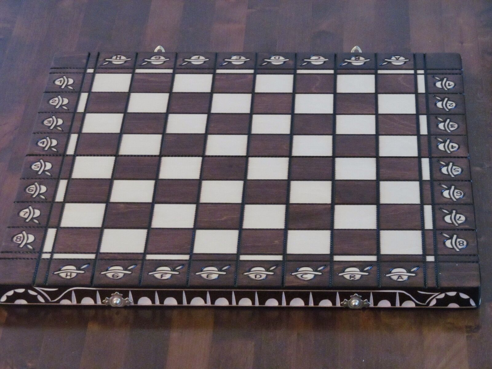 Brand New Hand Crafted  Wooden Chess  Board 49.5cm x 49.5cm