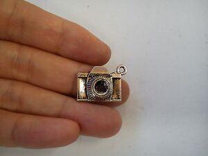 10-camera-charm-pendant-tibetan-silver-antique-style-wholesale-craft-DL115