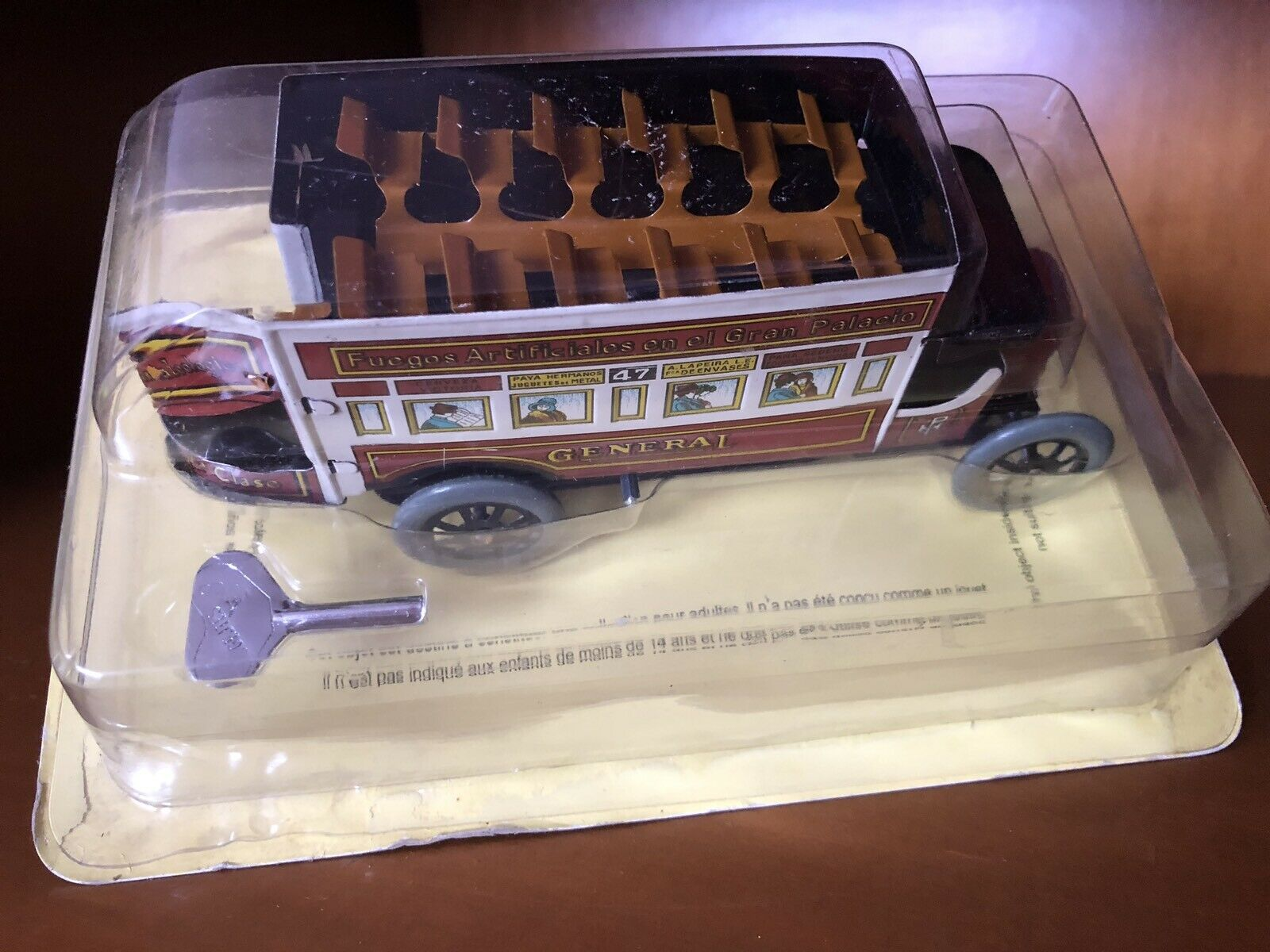 TIN TOY PAYA TIN OPEN BUS GENERAL REPLICA BRAND NEW AND PERFECT