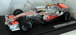 Hot-Wheels-1-18-scale-Diecast-K6634-McLaren-MP4-22-Lewis-Hamilton-F1