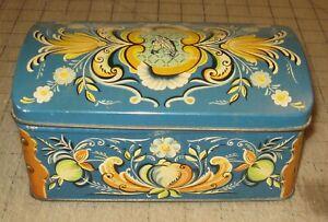 """Vintage CHR BJELLAND & CO STAVANGER 7.5"""" Domed Floral Blue Tin - Sardines?"""