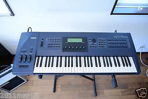 yamaha ex7 61 key synthesizer workstation keyboard new internal battery ebay. Black Bedroom Furniture Sets. Home Design Ideas