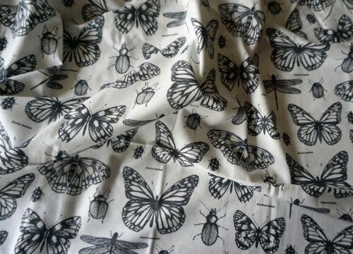 Sommarmalva Schmetterlnge Stoff Meterware 80 x 160 cm Baumwolle weiß nähen neu