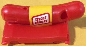 Oscar-Mayer-Weiner-Mobile-Fischietto-Promozionali-Toy-Hot-Cane-Weinermobile-ad