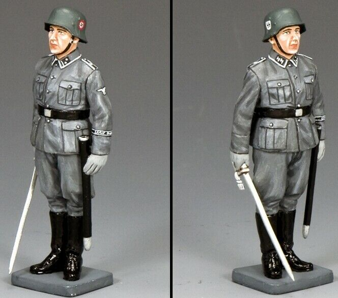 KING & COUNTRY WW2 GERMAN ARMY WS339 OFFICER AT ATTENTION MIB