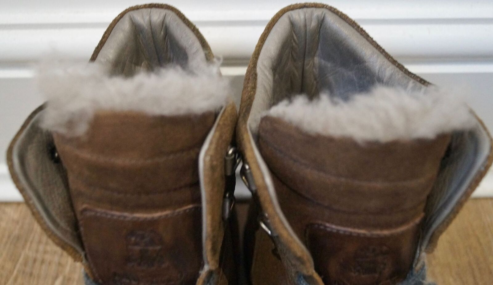 BRUNELLO CUCINELLI braun Shimmer Shimmer Shimmer Leather Lace Fastened Sheepskin Trim Stiefel UK7 49c197