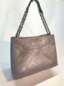 a6a95190b116 Image is loading Tory-Burch-Chevron-Quilt-Slouchy-Leather-Tote-Woman-