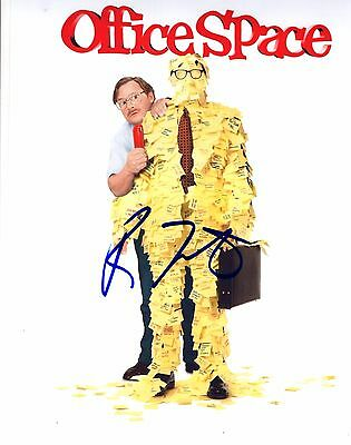 Ron Livingston Office Space Hand Signed 8x10 Autographed Photo W/coa Look Selling Well All Over The World Autographs-original Entertainment Memorabilia