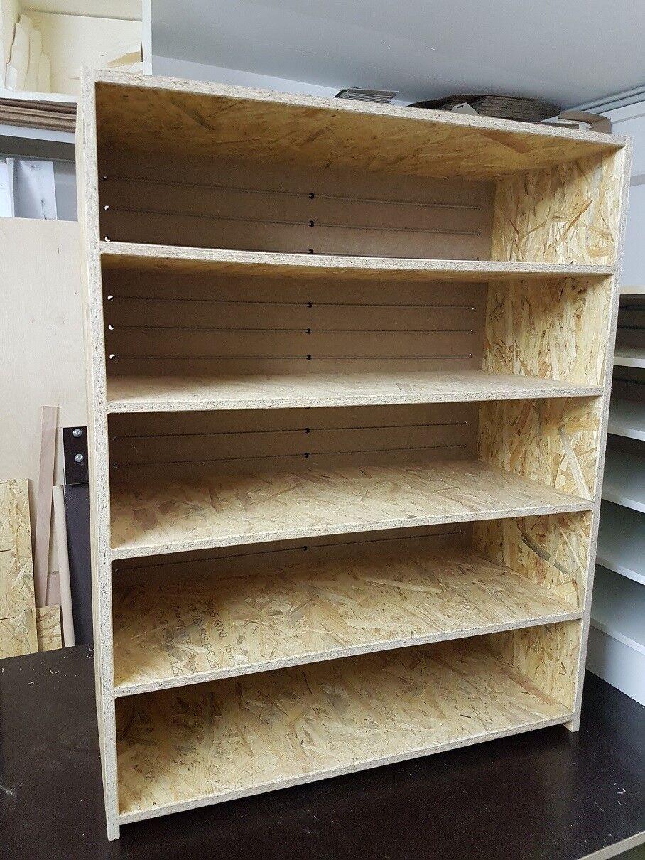 OSB Rack inkl. 15x5,6l  Boxen und Heizkabel