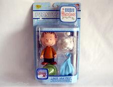 Peanuts CHARLIE BROWN CHRISTMAS LINUS Van Pelt Figure NEW Hard to Find!