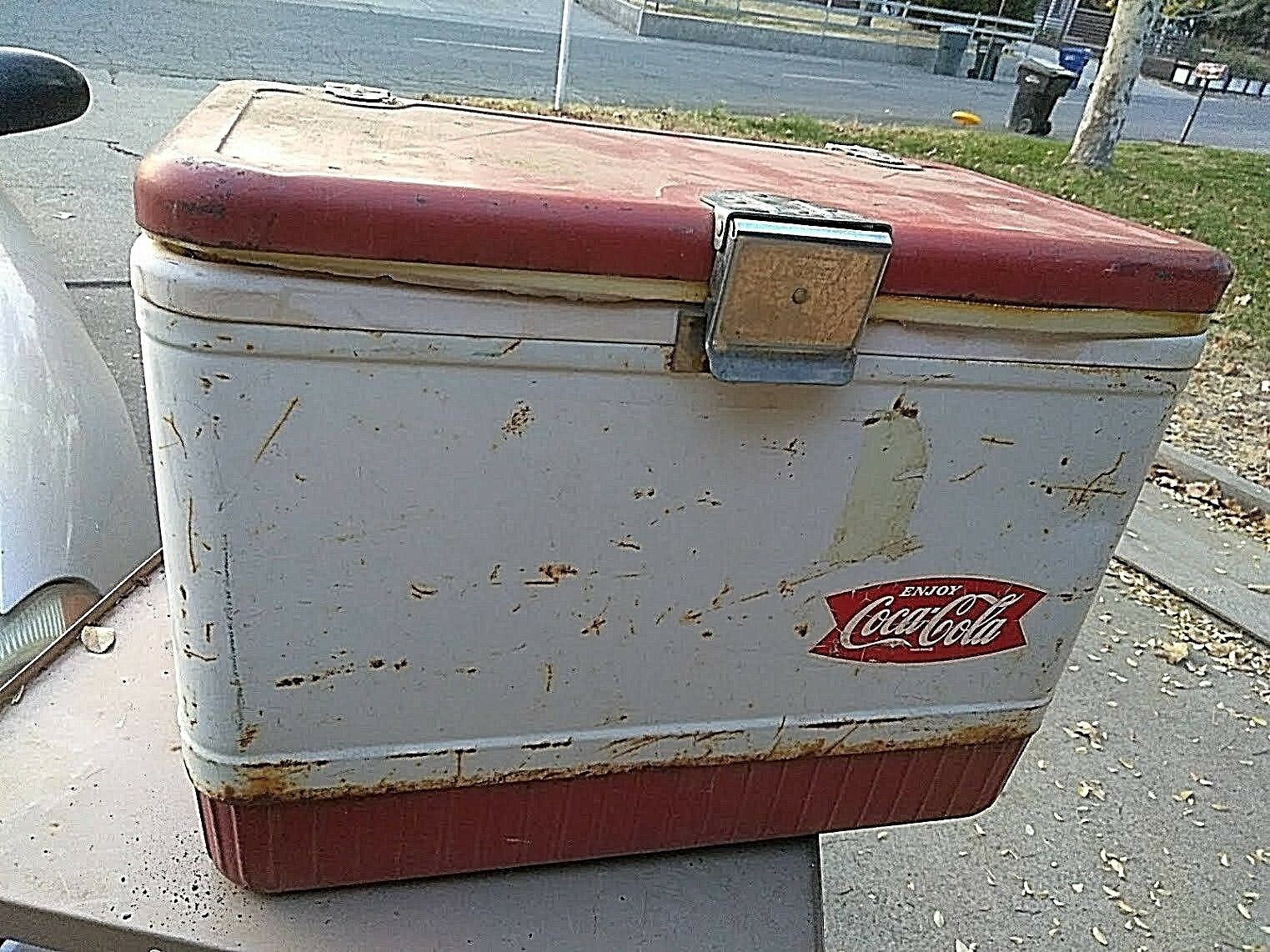 Rare Distressed True Vintage Coleman Metal Cooler Coca Cola Cooler Metal Ice Chest Movie Prop d3901f