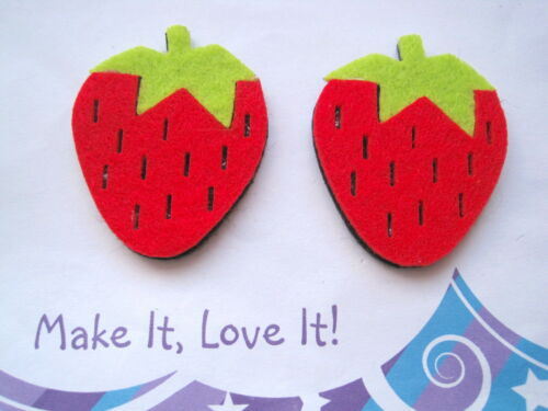 2 x FELT STRAWBERRY 42mm Card Toppers Red Green Crafts Making Fruit SCRAPBOOK