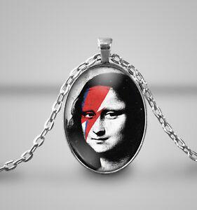 Mona-Lisa-ziggy-zag-pendant-Necklace-Handmade-Gift-Bowie-Bolt-Lightning