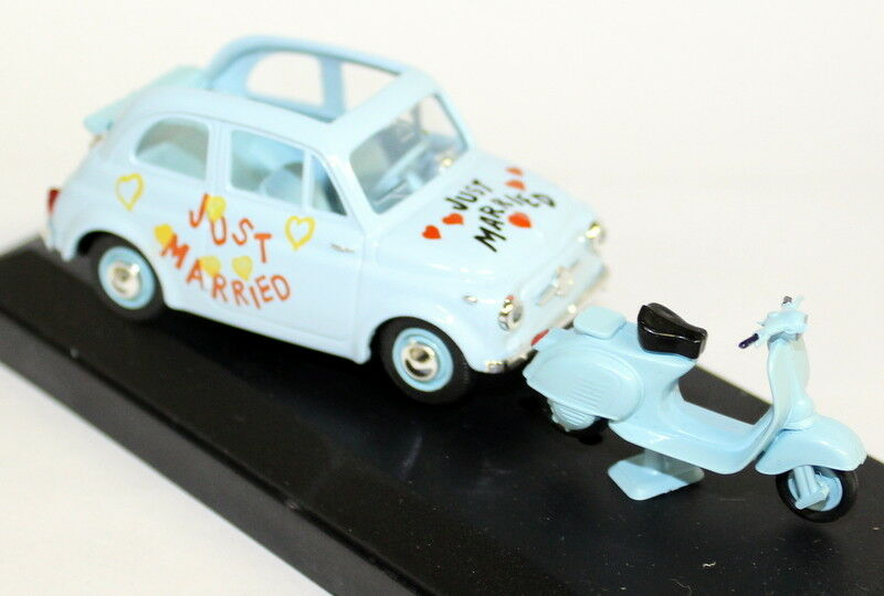 Vitesse 1 43 Scale Scale Scale 008 Fiat 500 1957 + Scooter Just Married Light bluee model car 98afe5