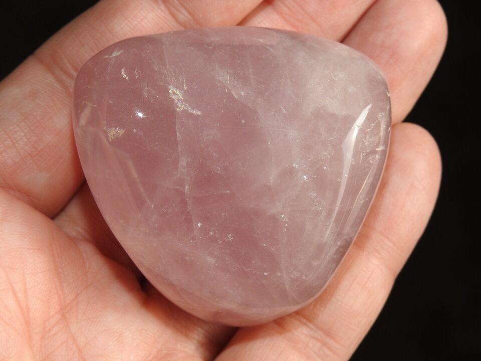 Smykker og sten, Slebet rosakvarts