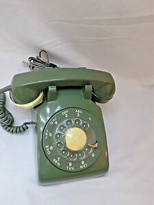 Vintage-1979-Army-Green-Northern-Telephone-Radial-Dial-with-Soft-Touch-Accessory
