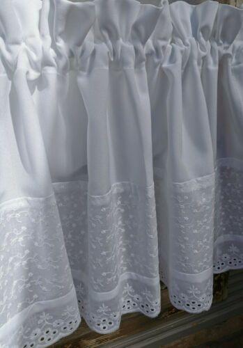 Scheibengardine Bistrogardine Vorhang bestickt Landhaus Shabby Stickerei weiß