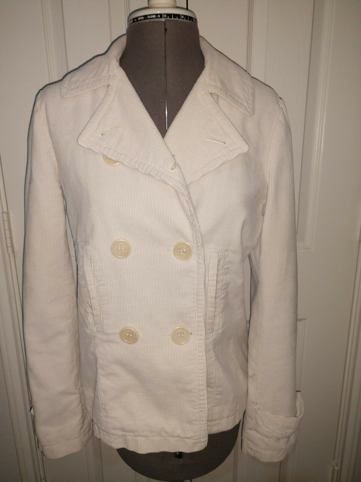 Vince Women's Double Breasted Off-White Button Front Corduroy Peacoat Size 10