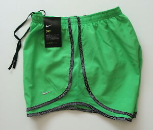 2d41202314b89 NWT Nike Womens DRI-FIT Tempo Running Shorts Size XS Green 624278