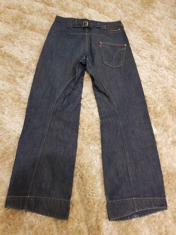 5f499cec Jeans, Levis, str. 30 – dba.dk – Køb og Salg af Nyt og Brugt